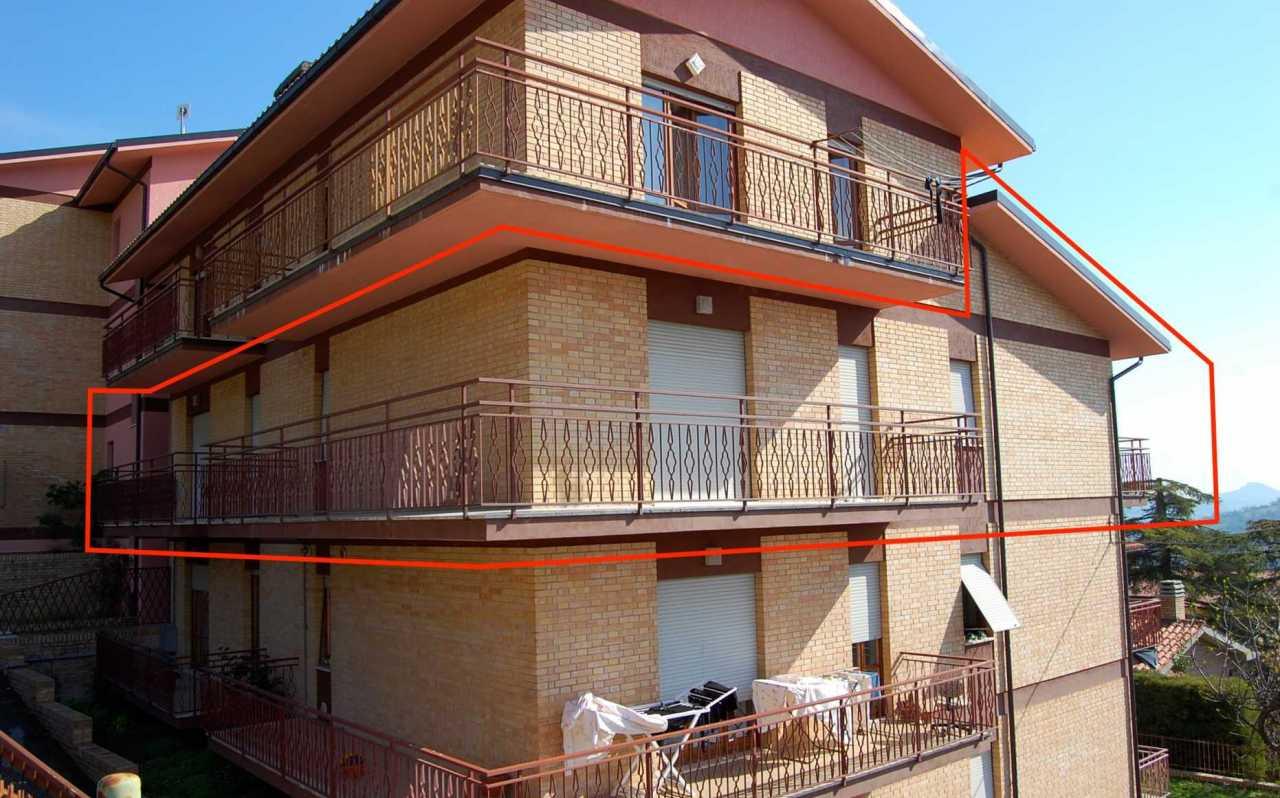 Appartamenti in vendita nei paesi delle marche for 3 piani di garage per auto con stanza bonus