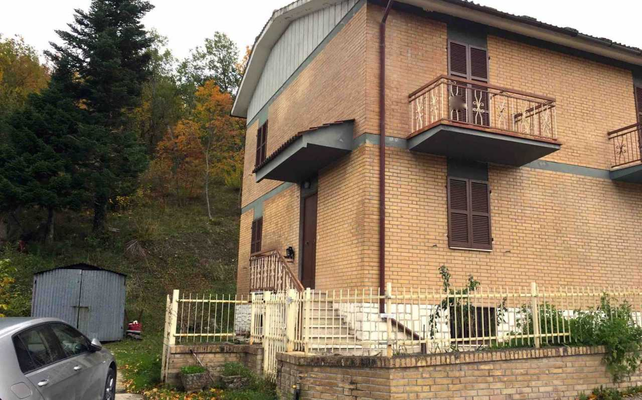 Semi detached house for sale in Gabella, half way from Sarnano and San Ginesio, Province of Macerata, Le Marche