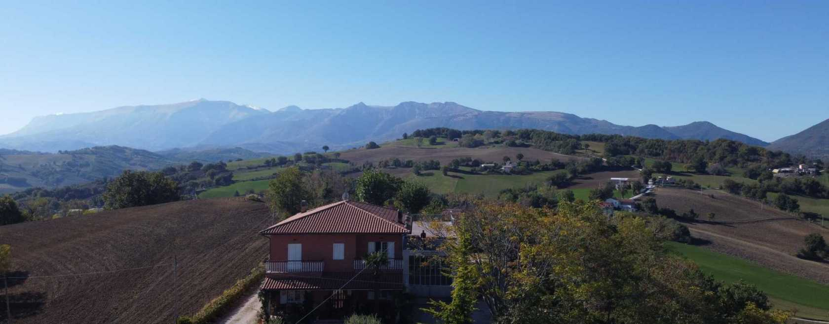 Detached House with land San ginesio  (MC)